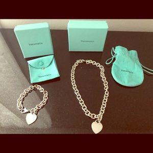 81247a2981cc0 Women Used Tiffany Heart Bracelet on Poshmark